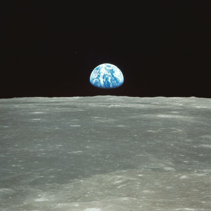 600px-nasa-apollo8-dec24-earthrise1